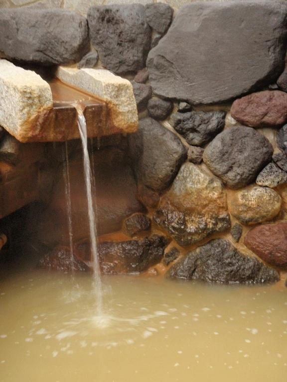 療養泉の黄金の湯が効くんです。
