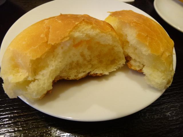 パンも自家製です。おかわりしちゃいました。