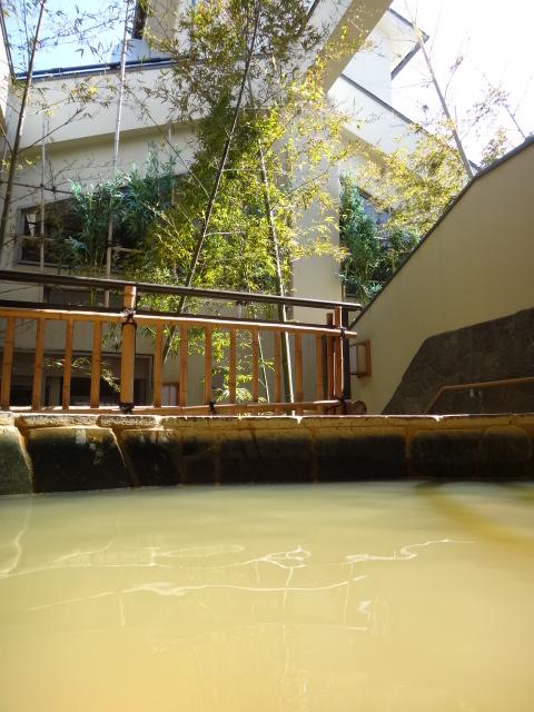 こんな効きそうな温泉が都心にあるなんてラッキーかも。笑