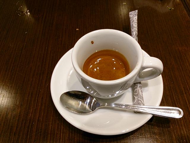 コーヒー(エスプレッソ)までついてくる良心価格です。