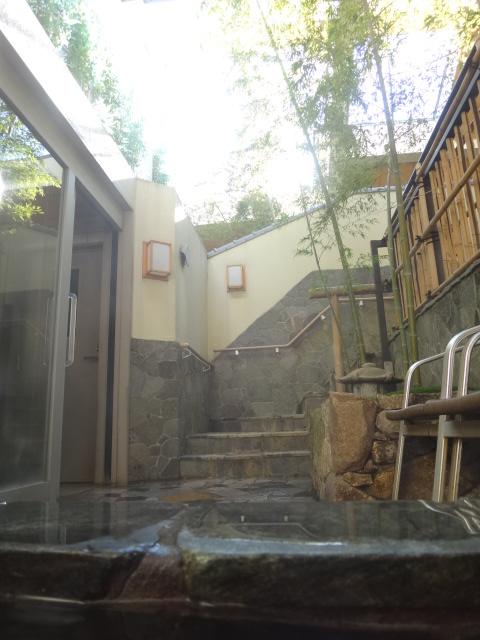 温泉が気持ちのいい季節になってまいりました。