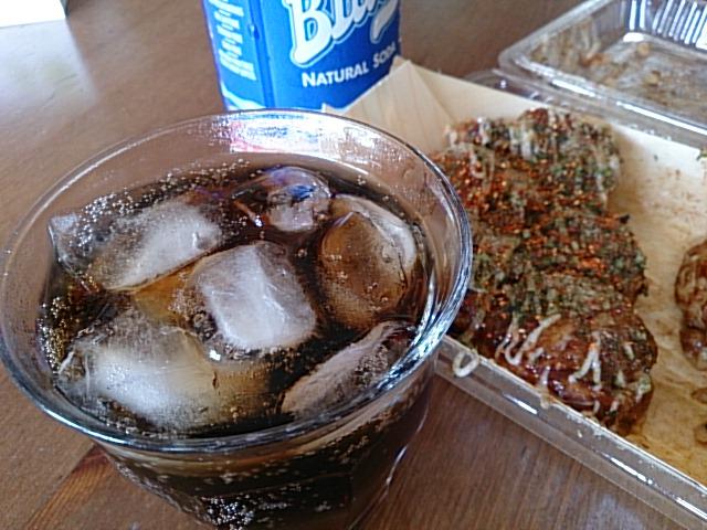 たこ焼きとブルースカイコーラが最近のお気に入りです。