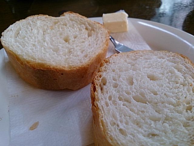 パンとごはんから選べます。